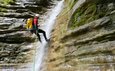 CANYONING  Adrenalina lungo il torrente